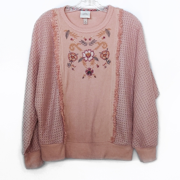Knox Rose Pink Long Sleeve Embroidered Sweater M